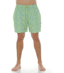 pantaloneta urbana corta sublimada,  color verde lima para hombre