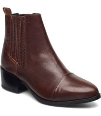 julia shoes boots ankle boots ankle boot - heel brun pavement