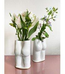 wazon dupa biały