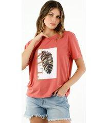 camiseta de mujer, cuello redondo, manga corta, con estampado de hoja