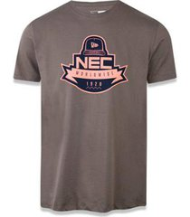 camiseta new era branded
