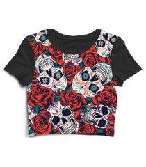 blusa blusinha cropped tshirt camiseta feminina skull caveira com rosas vermelho