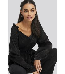 na-kd party smock shoulder drawstring blouse - black
