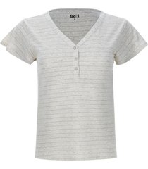camiseta jaspe con pechera color blanco, talla 8