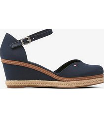 espadrillos basic closed toe mid wedge