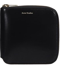 acne studios csarite shiny wallet in black leather