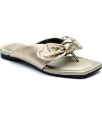 golo bowthong flip flop, size 9 in platinum at nordstrom