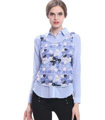 blusa rayas con encaje floral celeste nicopoly
