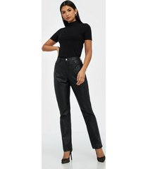 missguided highwaisted coated straight jeans skinny