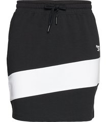 cl v p jersey skirt kort kjol svart reebok classics