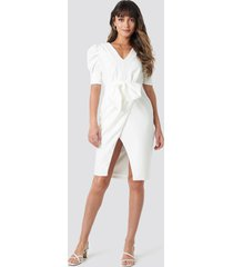 trendyol bow detailed dress - white