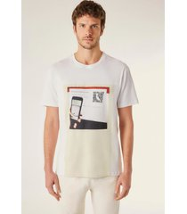 camiseta estampada pf pica qr code vj reserva branco