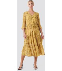 rut&circle panel maxi dress - yellow