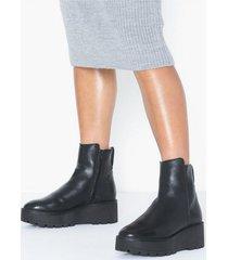 sixtyseven nano-b flat boots