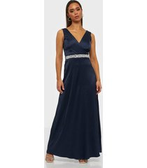 sisters point maxi dress loose fit