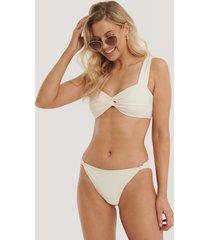 na-kd swimwear bikinitrosor med breda band och knytning - offwhite