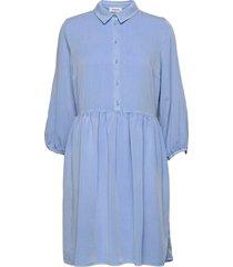 irwin dress knälång klänning blå modström