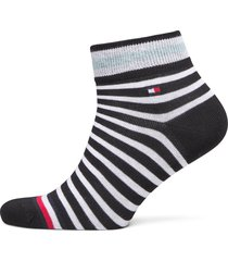 th men quarter 2p collegiate stripe underwear socks regular socks svart tommy hilfiger