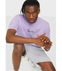karl kani small signature tee t-shirts & linnen lilac