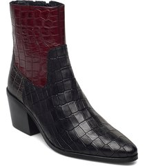 stb-georgia croc mix shoes boots ankle boots ankle boot - heel svart shoe the bear