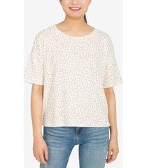 hippie rose juniors' floral t-shirt