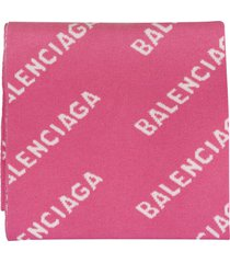 pink woman scarf with white all-over logo