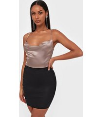 missguided faux leather mini skirt minikjolar