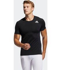 camiseta adidas camiseta techfit compression preto