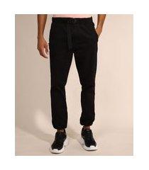 calça de sarja masculina jogger slim com cinto preta