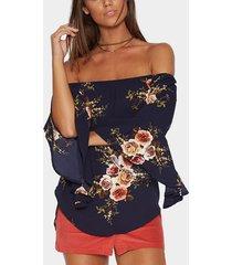 blusa de hombro con estampado floral al azar azul marino