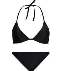 bikini beach triangle