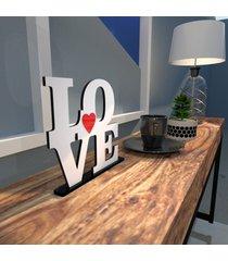 escultura de mesa love em mdf branco com coraã§ã£o vermelho ãšnico - multicolorido - dafiti