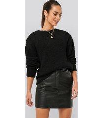 misslisibell x na-kd waist detail pu skirt - black