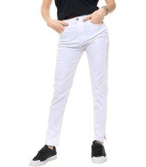 pantalón blanco kill prometeo