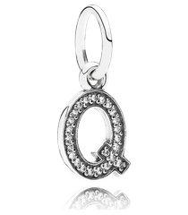 charm de prata pendente brilhante letra q