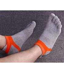 cinque calzini dei piedi calzini casuali di confortevole calzamaglia per gli uomini