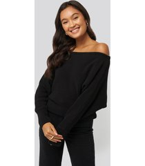 na-kd off shoulder knitted sweater - black