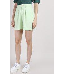 bermuda feminina mindset cintura alta alfaiatada com pregas verde claro
