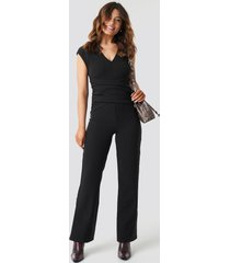 na-kd party draped waist v-neck jumpsuit - black