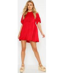 gesmokte jurk met mouw franjes, rood