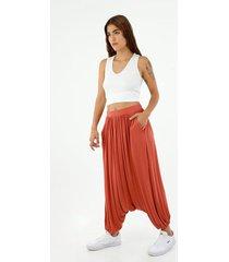 pantalón de mujer, silueta amplia de cintura alta y tiro extra largo, color naranja