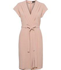 crepe satin back - denisse knälång klänning rosa sand