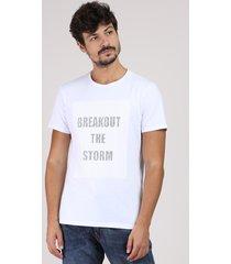 "camiseta masculina ""breakout the storm"" manga curta gola careca branca"