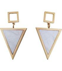 aretes triángulos nacar