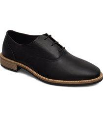 sartorelle 25 tailored snörade skor låga svart ecco