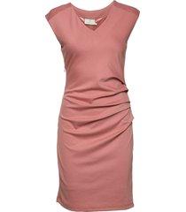 india v-neck dress knälång klänning rosa kaffe