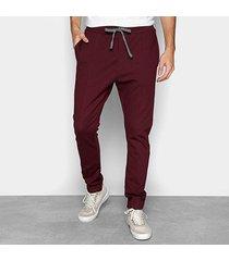 calça forum básica com bolsos masculina