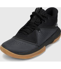 tenis basketball negro under armour ua sc 3zer0 iv