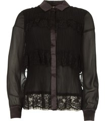 plissã© blouse met kant kela  zwart
