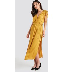 trendyol binding detailed kimono - yellow